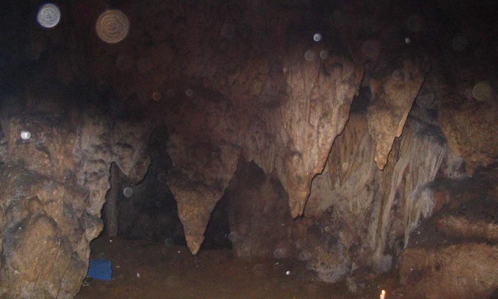 cave.light